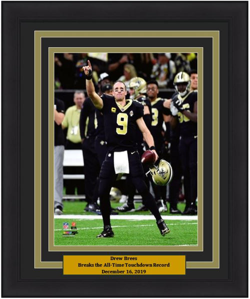 "Drew Brees Breaks Touchdown Record New Orleans Saints NFL Football 8"" x 10"" Framed Photo"