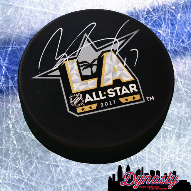 Philadelphia Flyers Wayne Simmonds Autographed NHL Hockey 2017 All-Star Game Logo Replica Puck - Dynasty Sports & Framing