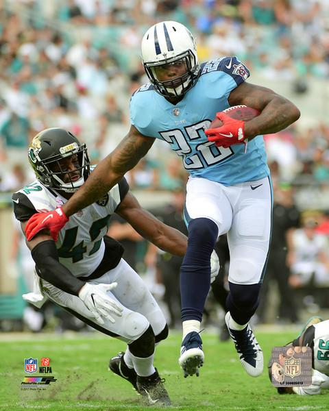 "Derrick Henry in Action Tennessee Titans 8"" x 10"" Football Photo - Dynasty Sports & Framing"