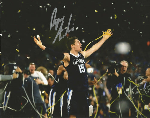Villanova Wildcats Ryan Arcidiacono 2016 NCAA Champions Autographed Photo - Dynasty Sports & Framing