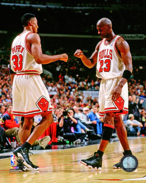 "Michael Jordan & Scottie Pippen Chicago Bulls NBA Basketball 8"" x 10"" Photo - Dynasty Sports & Framing"
