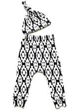 Black/White Toddler Harem Pants & Knot Hat Set