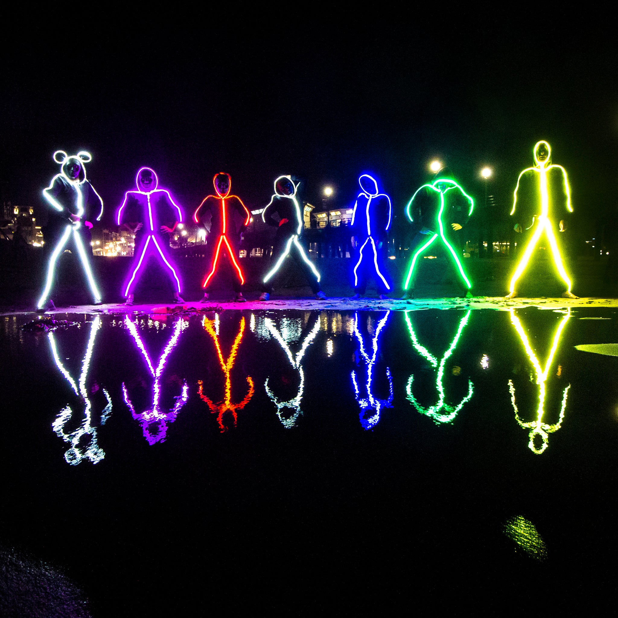 f1aeee1f407 Glowy Zoey - The World s Brightest LED stick figure suit