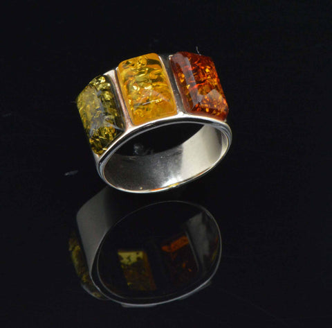 ladder tricolor ring