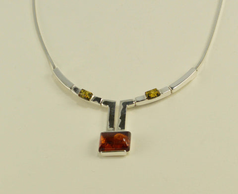 rectangles cognac necklace
