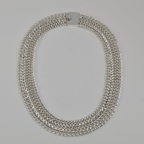 triple curb necklace