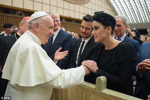 Katy Perry meets Pope Francis
