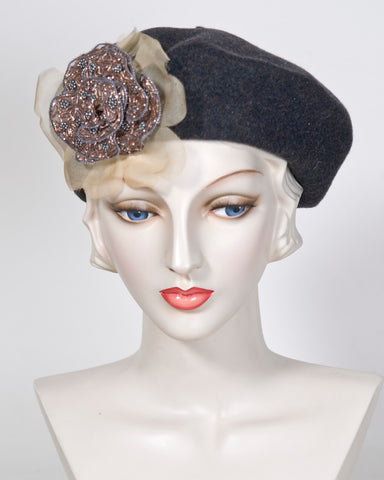 03958SBWT Small Beret, wool tweed, charcoal