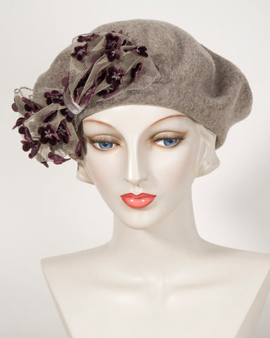 0408BEF Beret, wool felt, taupe with raisin