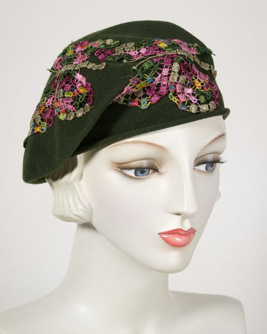0521SBC Small Beret, cotton, olive with multi