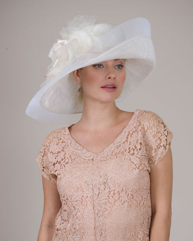 0525VGSP Virginia, sisal crown/sinamay brim, white with touch of pink