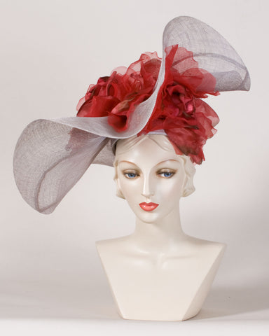 0529FESP Faye, sisal crown/sinamay brim, grey with scarlet