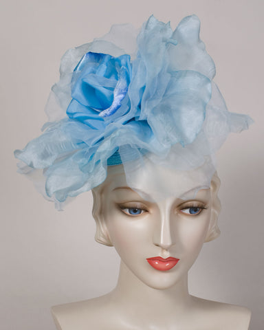 0532WY Whimsy, pale blue