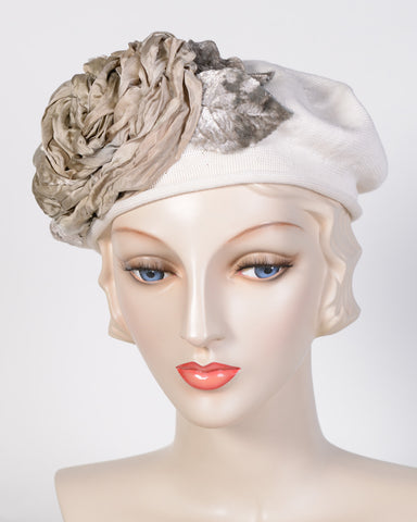 0794SBC Small Beret, cotton, ivory with sage