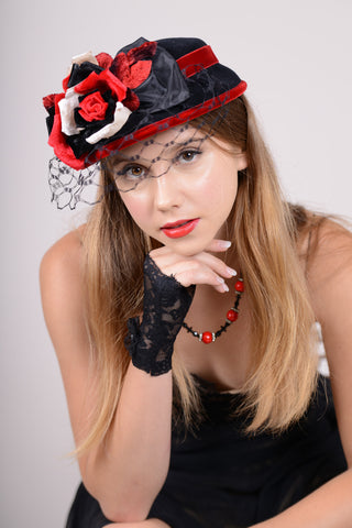 0805DHV Doll Hat, velour, black with scarlet