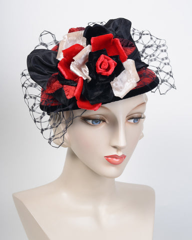 0805DHV Doll Hat, velour, scarlet with black