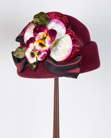 0841UCV Bubble cloche, velour, burgundy with multi