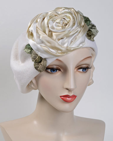 0871BEF Beret, wool felt, winter white with ivory