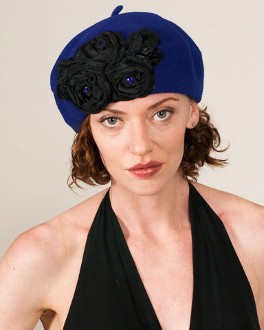 1154SBF Small Beret, cobalt with black