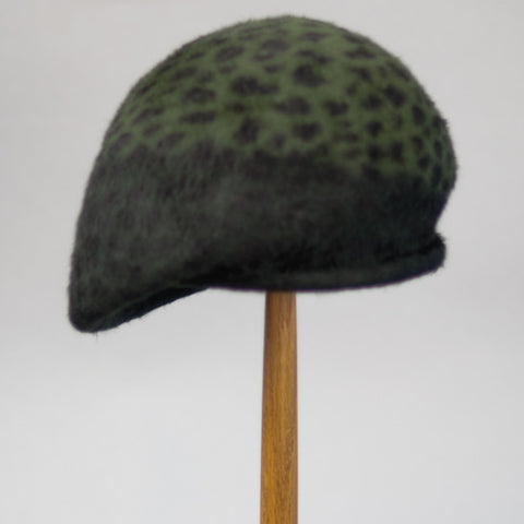2147BLP Blocked Beret, forest leopard