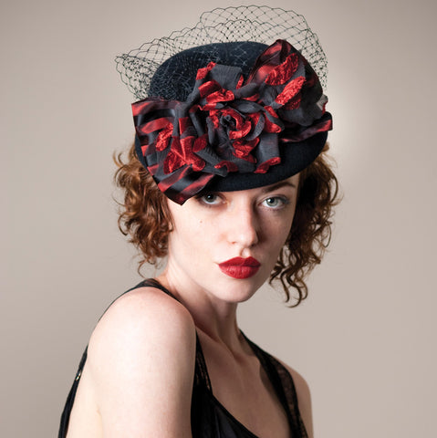 4136DHV Doll Hat, black w/red
