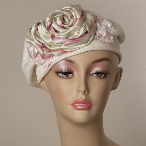 5182SBC Small Cotton Beret, ivory with pale rose