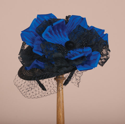7227DHSI Doll Hat, black with cobalt