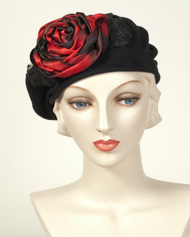 9416SBC Small Cotton Beret, black with scarlet