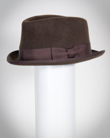 "F0358 David, suded finish felt, dk brown, 1 1/4"" brim, Headsize 22 5/8"""