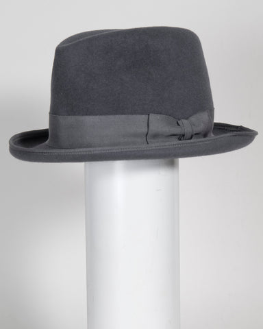 "F0391 Homburg, velour finished felt, dove grey, 2"" brim, Headsize 22 3/8"""