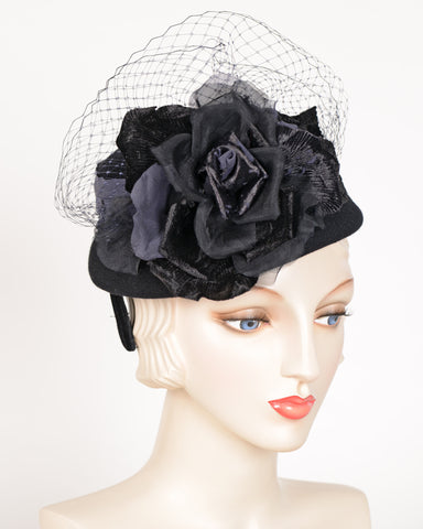 QH666 Doll Hat, velour, black with midnight