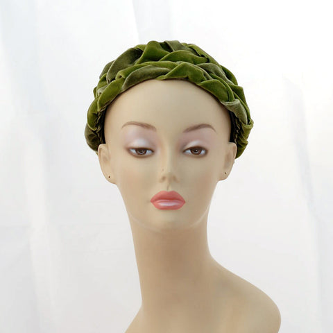 V985 Vintage: I.Magnin, green velvet braided toque, 22-22.5""