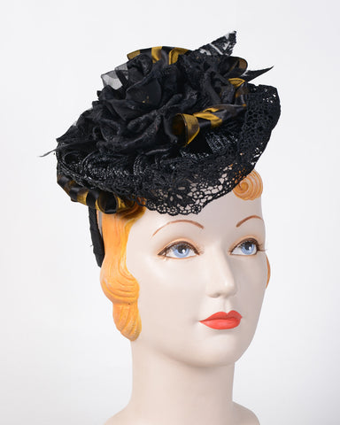 p965 Whimsy, vintage braid, black with antique gold