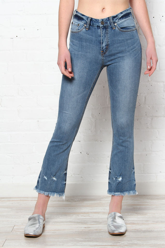 Three Denim Styles You Need In Your Closet Now!