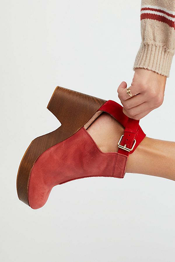 Free People Amber Orchard Clog - Red