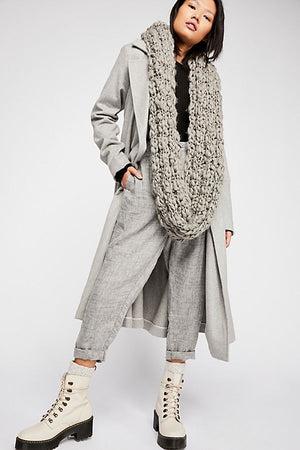 Free People Dreamland Chunky Knit Cowl Circle Scarf - Blush