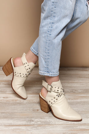 Chinese Laundry Small Town Bootie - Off White