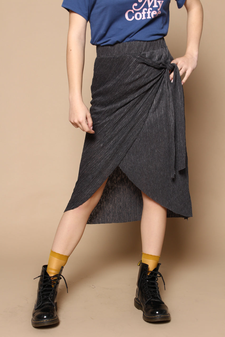 Last Chance Tie Front Midi Skirt - Charcoal