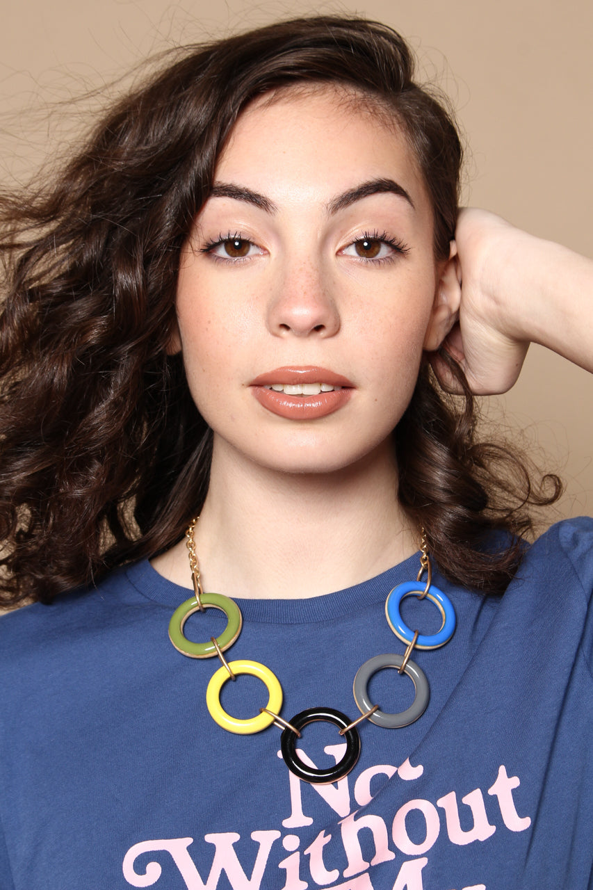 Circle Back Wooden Ring Statement Necklace - Multi