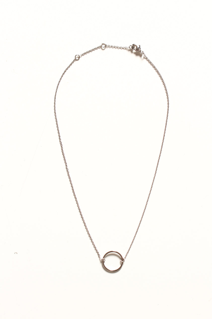 Dainty Circle Choker Necklace - Silver