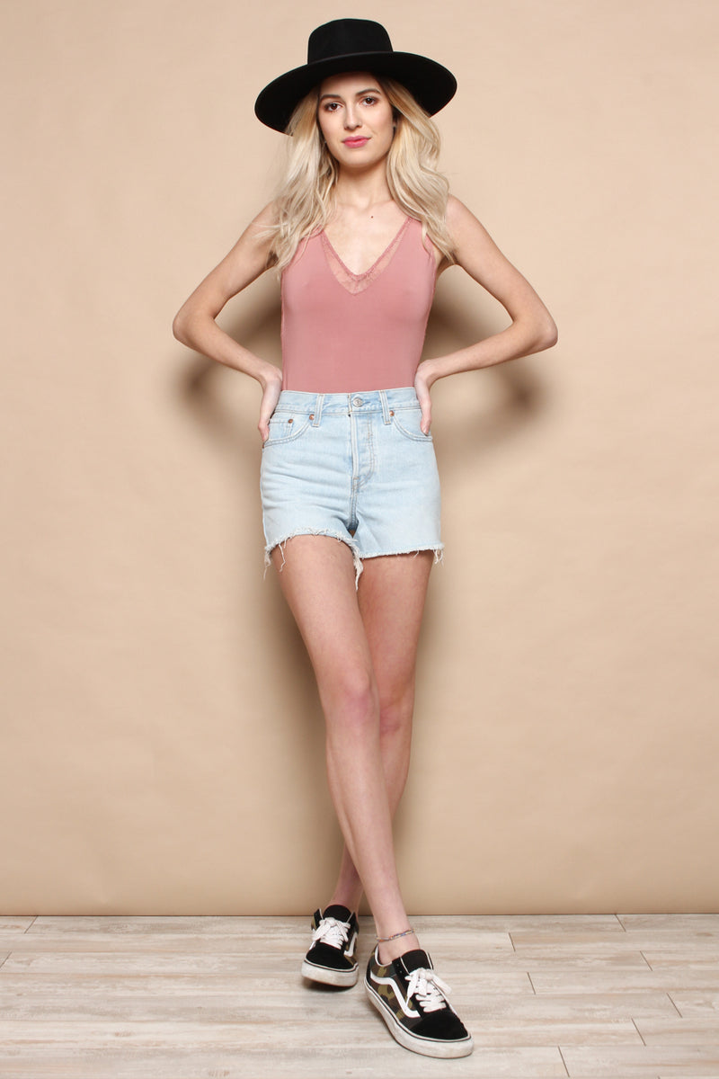 Levi's Wedgie Fit Cutoff Shorts