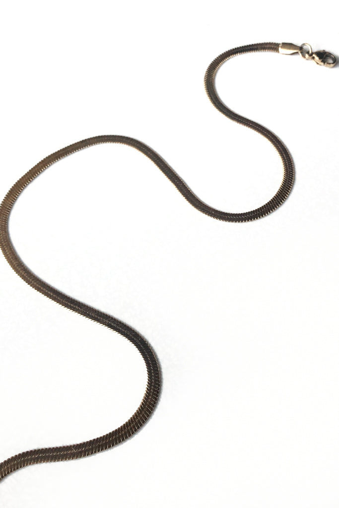 Flat Out Choker Chain