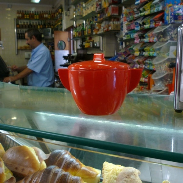 Red Sugar Bowl