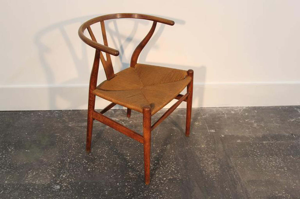 Amazing Set of 12 Hans Wegner Wishbone Chairs