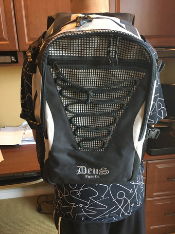 Deus Fight Back Pack