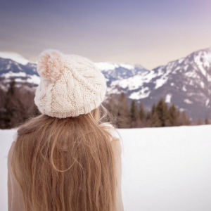 An image illustrating a blog explaining how to take good care of hair extensions this winter