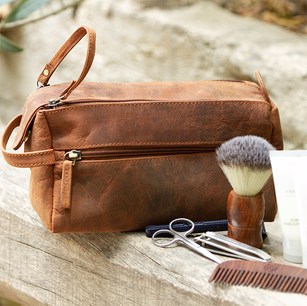 Five Factors to Consider when Choosing a Toiletry Bag for Travel