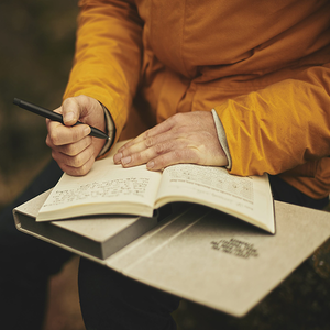 Here's How Journaling Helps You Minimize Stress