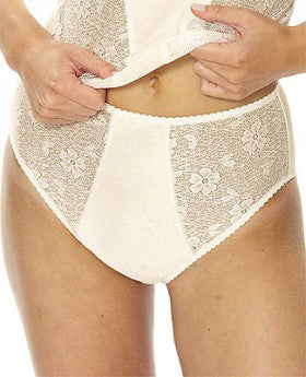Comfortable plus size shaping panty with elastic lace