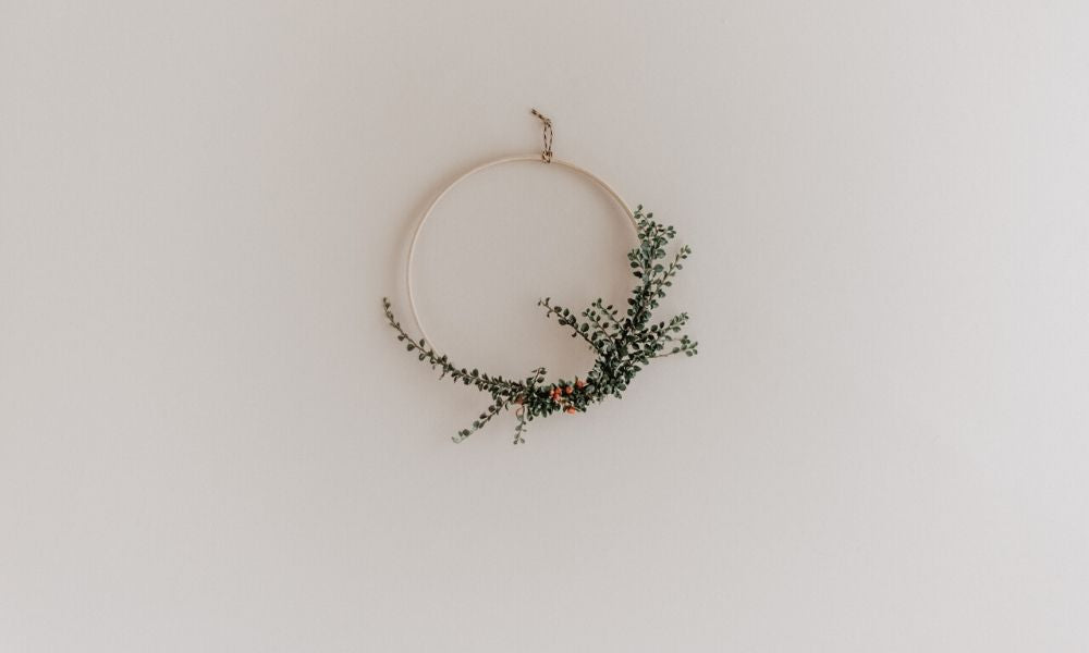 How to Make a Minimal Christmas Wreath